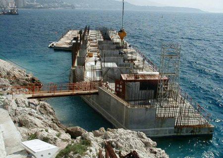 extension du port de la Condamine à Monaco. Port inaugurée en 2005 après 4 ans de travaux.